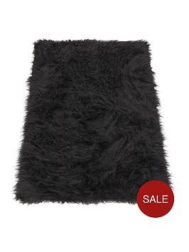 faux-mongolian-fur-rug