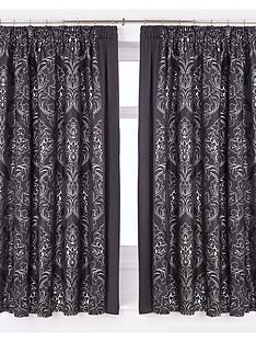 buckingham-pleated-curtains