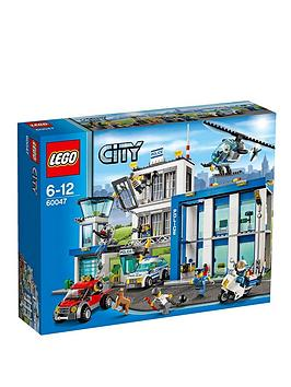 lego-police-station-66047