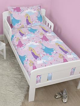 disney-princess-dreams-toddler-bedding-bundle