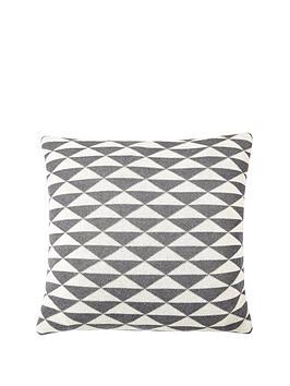 geo-knitted-cushion