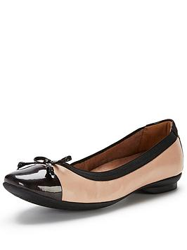 clarks-candra-glow-shoes