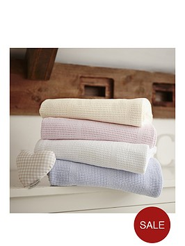 ladybird-cellular-blanket-cotcot-bed