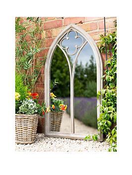 la-hacienda-cathedral-garden-mirror