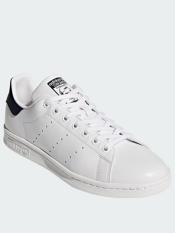 new product a5b53 7eb1d Stan Smith Trainers - White/Navy