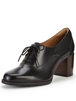 clarks-clarks-tarah-victoria-lace-up-heeled-brogue