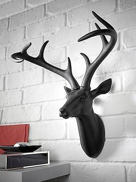 black-stag-head-wall-plaque