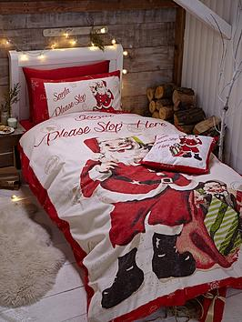 catherine-lansfield-retro-santa-duvet-cover-set