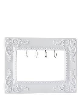 vintage-chic-vintage-frame-hooks