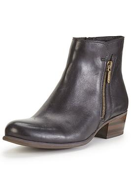 clarks-langdon-place-leather-ankle-boot