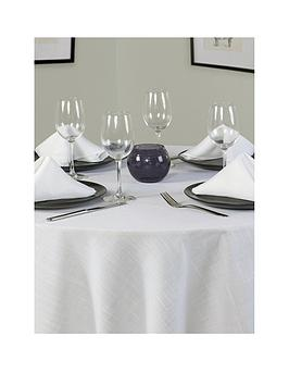 essentials-round-table-linen-set-4-place-settings-69-inch