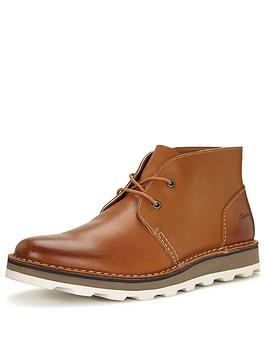 clarks-darble-mid-boot