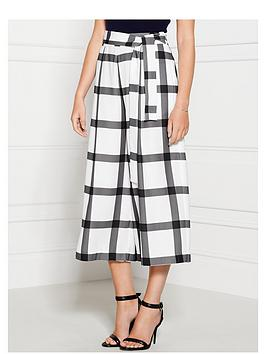 finders-keepers-sacrilege-check-culottes-whitegrey