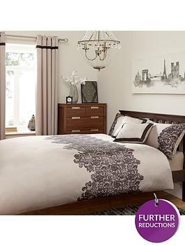 lace-panel-duvet-set-creamblack