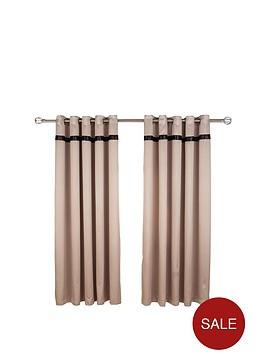 lace-panel-eyelet-curtains
