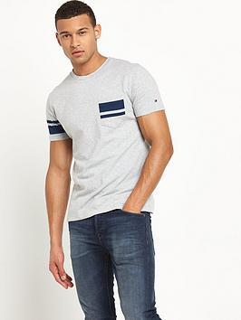 tommy-hilfiger-nylan-tshirt