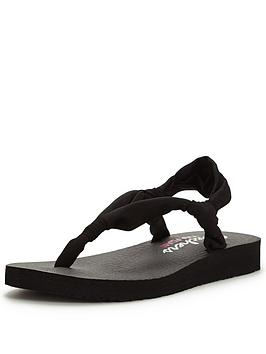 skechers-meditation-strap-sandal