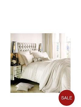 kylie-minogue-astor-oyster-housewife-pillowcase