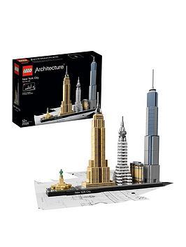 lego-architecture-21028-new-york-city