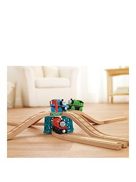 thomas-friends-wooden-railway-elevated-crossing-gate