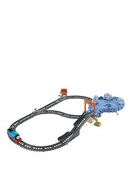 thomas-friends-trackmasternbsp--close-call-cliff