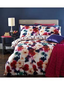 blur-floral-digital-print-100-cotton-duvet-cover-set-multi
