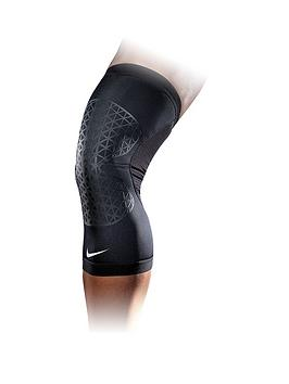 nike-pro-combat-xl-hyperstrong-knee-sleeve