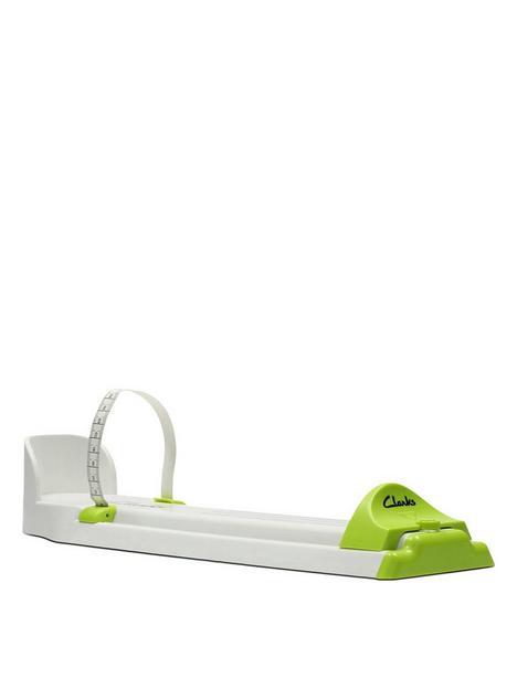 clarks-junior-foot-gauge-whitegreen