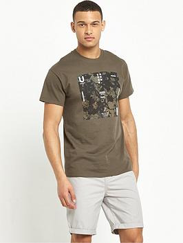 river-island-camo-slogan-print-short-sleeve-t-shirt