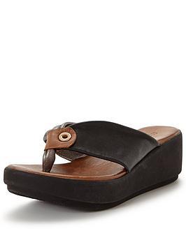 moda-in-pelle-pavannbspblack-leather-footbed-sandal