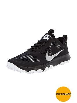 nike-bermuda-golf-shoes