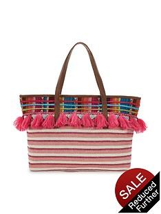 glamorous-tassel-beach-bag