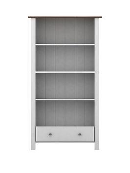 luana-bookcase