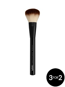 nyx-professional-makeup-pro-brush-02