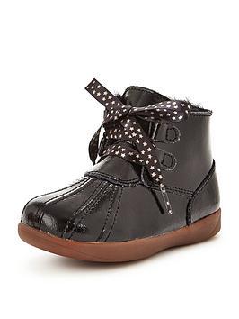 ugg-patent-stars-boot