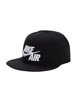 nike-air-true-cap