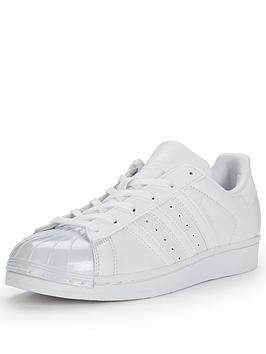 adidas-originals-superstar-80s-glossy-toe-lifestyle-shoe