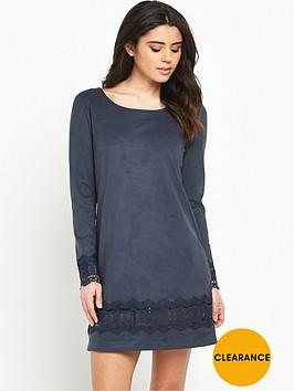 vila-drawn-long-sleeve-dress
