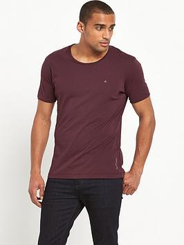 calvin-klein-small-logo-t-shirt
