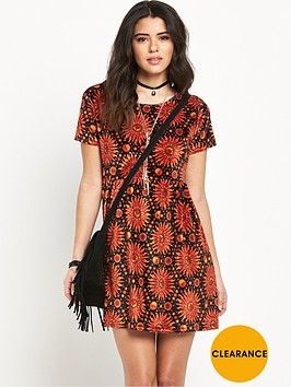 motel-tiara-flame-hot-sun-printed-dress