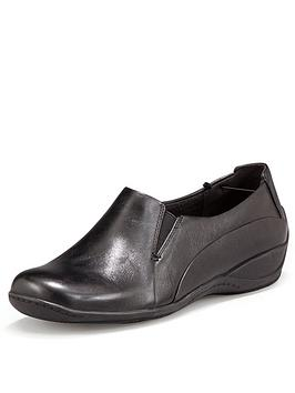 clarks-coffee-cake-leather-flat-shoes