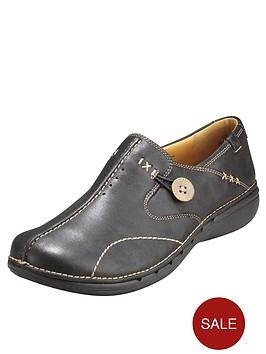 clarks-un-loop-leather-shoes