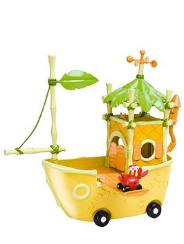 jungle-junction-taxicrabs-boat