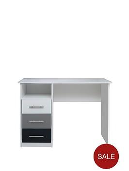 kidspace-toronto-kids-desk