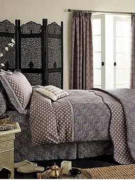 va-sundara-duvet-cover-set