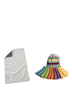 close-parent-changetime-essentials-mat-plus-10-reusable-wipes