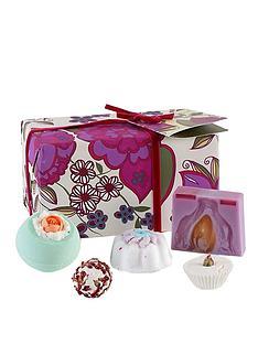 bomb-cosmetics-bath-bomb-vintage-velvet-gift-set