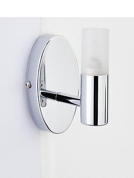 julius-bathroom-wall-light
