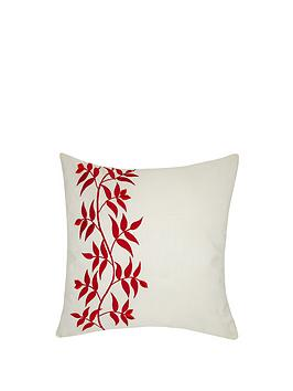 laurence-llewelyn-bowen-wilde-at-heart-trailing-leaf-cushion