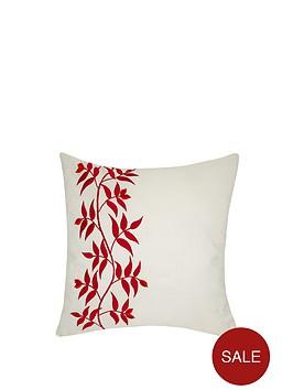 laurence-llewelyn-bowen-wilde-at-heart-trailing-leaf-cushion